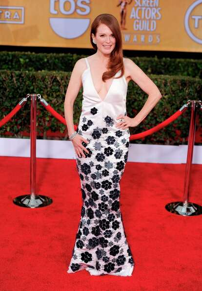 Julianne Moore arrives at the 19th Annual Screen Actors Guild Awards at the Shrine Auditorium in Los