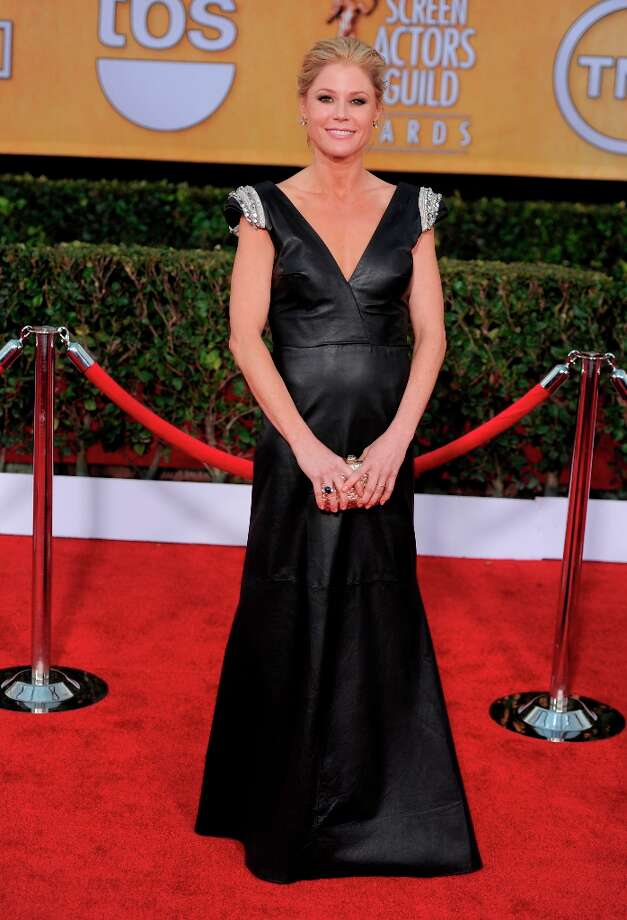 Julie Bowen arrives at the 19th Annual Screen Actors Guild Awards at the Shrine Auditorium in Los Angeles on Sunday, Jan. 27, 2013. (Photo by Chris Pizzello/Invision/AP) Photo: Chris Pizzello, Associated Press / Invision