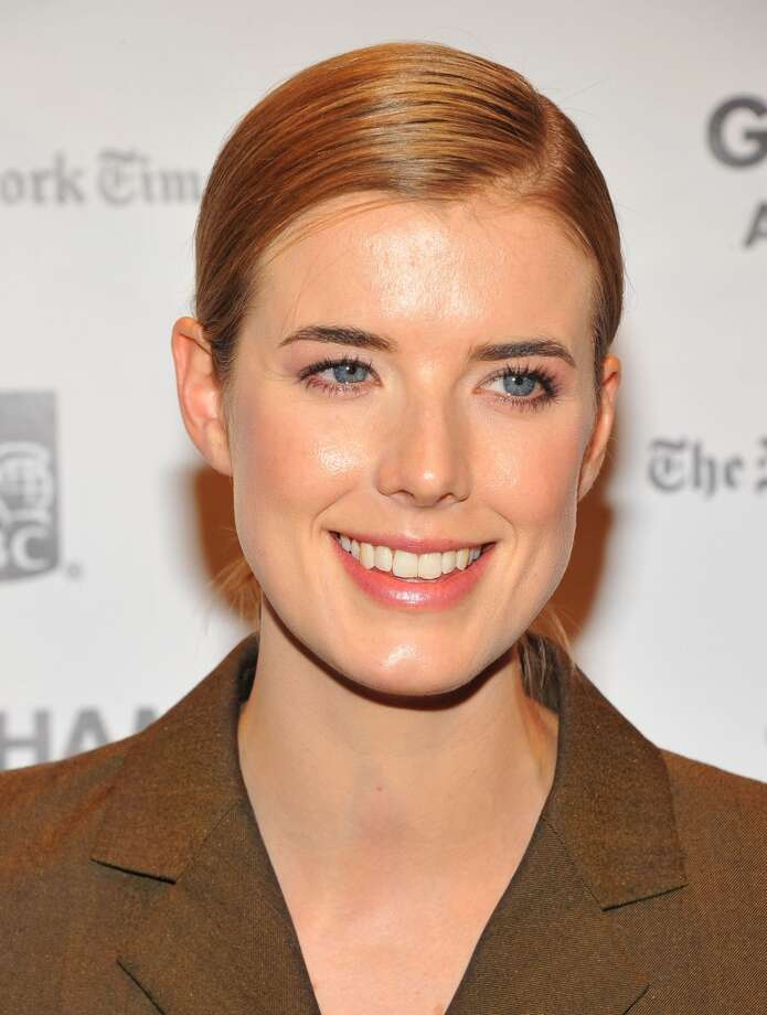 Agyness Deyn has a smooth look to her short cut at the Independent Film Awards in New York City.