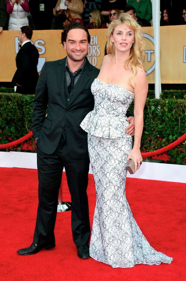 LOS ANGELES, CA - JANUARY 27:  Actors Johnny Galecki (L) and Kelli Garner arrive at the 19th Annual Screen Actors Guild Awards held at The Shrine Auditorium on January 27, 2013 in Los Angeles, California. Photo: Frazer Harrison, Getty Images / 2013 Getty Images