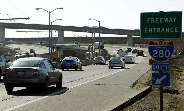 Cars entering I-280 from King street on Friday Jan. 25,  2013, in San Francisco, Calif. San Francisco's plans for South of Market is more than simply tearing down I-280. The city would like to shrink, eliminate or possibly reroute the Caltrain yard to make room for a new neighborhood. Photo: Jessica Olthof, The Chronicle