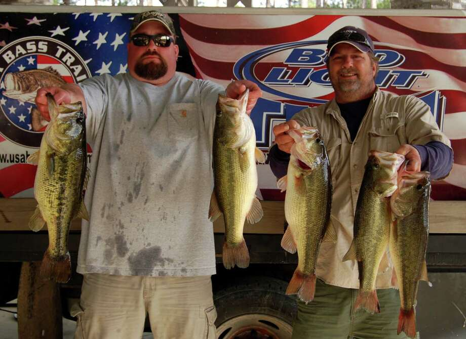 N.Dee Williams and Jeff Wise won the tournament with a 24.35 lb limit  photo by Patty Lenderman, Lakecaster
