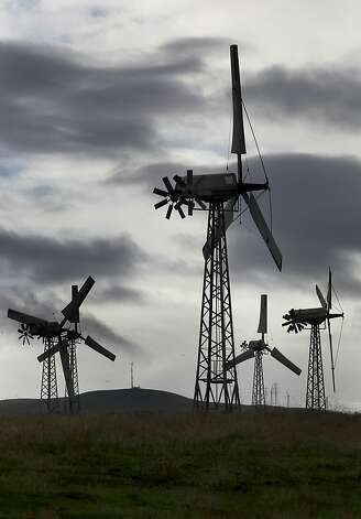 Wind generators dot the hills of Eastern Alameda County along the Altamont Pass in Livermore, Calif. on Wednesday Dec. 26, 2012. Photo: Michael Macor, The Chronicle
