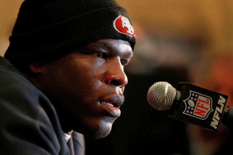 Running back Frank Gore speaks with reporters as the San Francisco 49ers hold their daily press conference at the New Orleans Marriott hotel in New Orleans, Louisiana  on Monday Jan. 28,  2013. Photo: Michael Macor, The Chronicle / ONLINE_YES