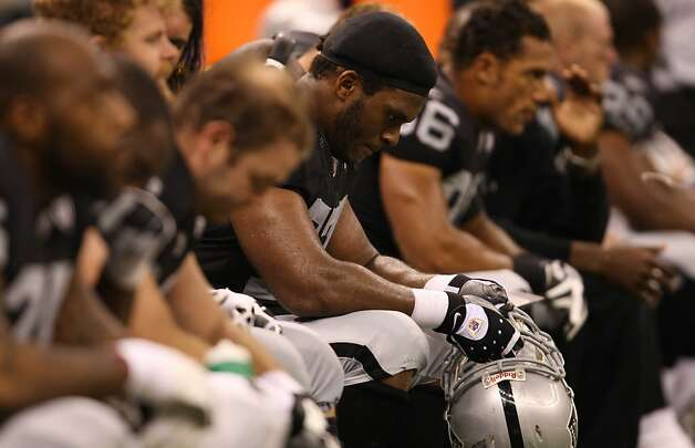 Oakland Raiders Kwame Harris (77) (center) rests on the bench  during the second half of the Oakland Raiders  vs. New Orleans Saints game at the New Orleans Superdome on Sunday, October 12, 2008 in New Orleans. Photo: Lea Suzuki, The Chronicle