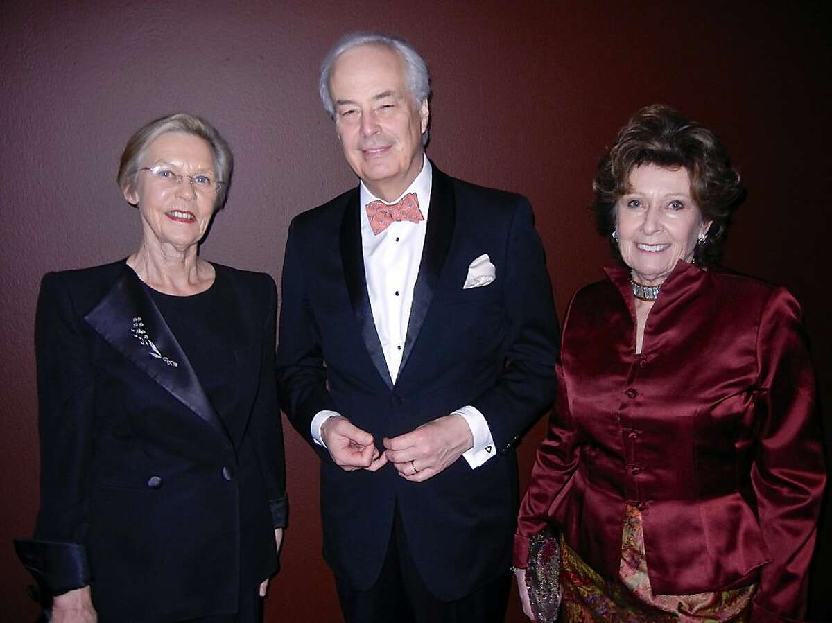 Swedish Consul General Barbro Osher (left) with His Excellency Rudolf Bekink, the Netherlands Ambassador to the U.S. and his wife, Gabrielle de Kuyper, at the de Young Museum. Jan 2013. By Catherine Bigelow .