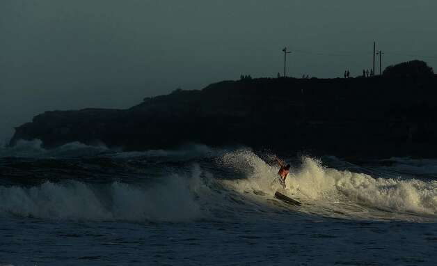 More surfing at Coogee Beach.   Photo: Mark Metcalfe, Getty / 2013 Getty Images