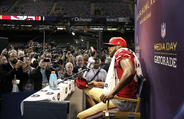 Wide receiver Randy Moss, usually reluctant to talk to the media, was quite open about himself on Media Day. Photo: Michael Macor, The Chronicle