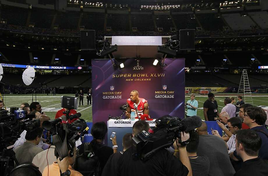 49er Vernon Davis,85 speaks with reporters as Media Day gets underway at the Mercedes-Benz Superdome the site of this year's Superbowl between the San Francisco 49ers and the Baltimore Ravens in New Orleans, La. on Tues. Jan. 29, 2013. Photo: Michael Macor, The Chronicle