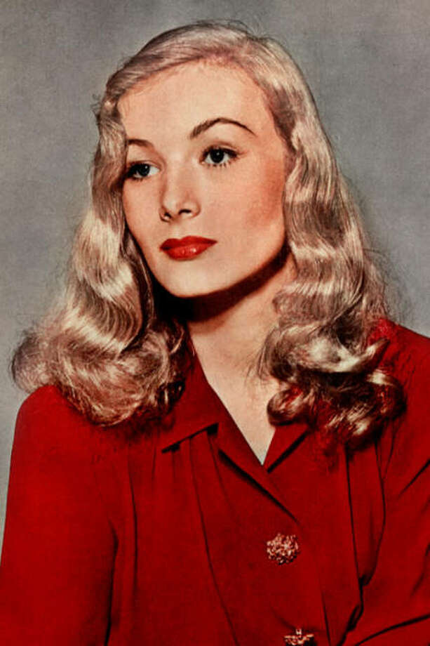 Veronica Lake -- famous for her long hair, the star of SULLIVAN'S TRAVELS and THIS GUN FOR HIRE. / Bob Landry