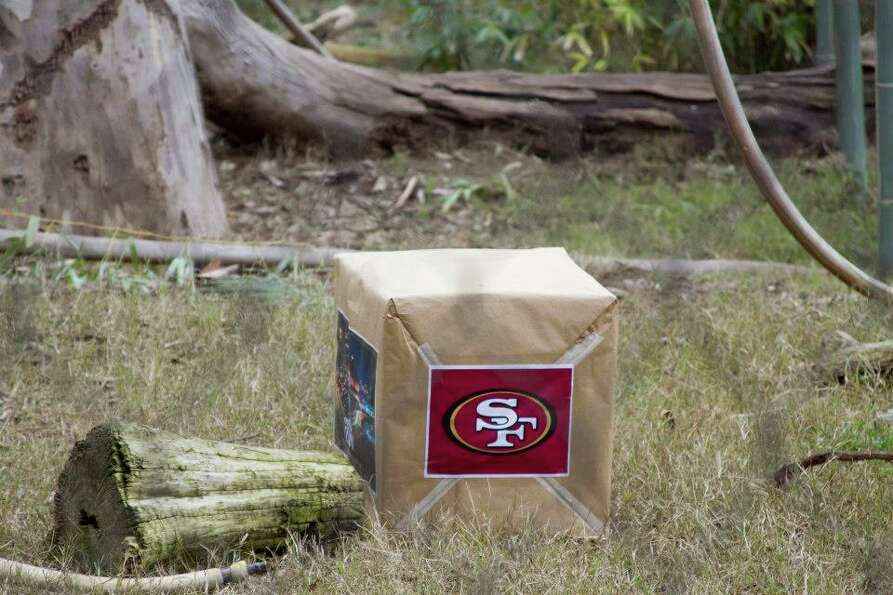 This box, containing two smaller identical boxes with a 49ers blanket in one and a Ravens blanket in