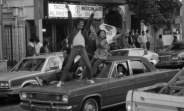 Fans party in the Mission District after the 49ers win in Super Bowl XVI. Jan. 24, 1982. Photo: John O'Hara, The Chronicle