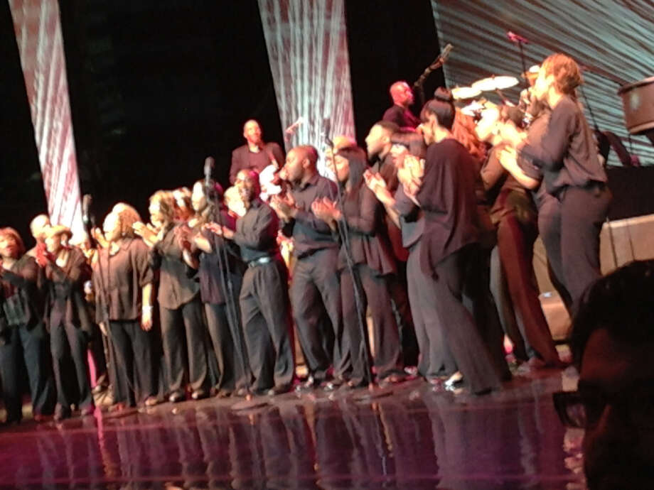 San Antonio's gospel choir sang back up for Diana Ross at the Majestic Theatre.