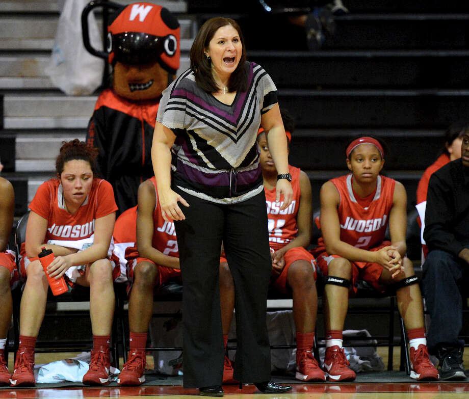 Judson head coach Triva Corrales shouts instructions to her team during a district 25-5A girls Basketball game between the Wagner Thunderbirds and the Judson Rockets at Wagner High School, Tuesday, January 29, 2013. Photo: John Albright, For The Express-News / San Antonio Express-News