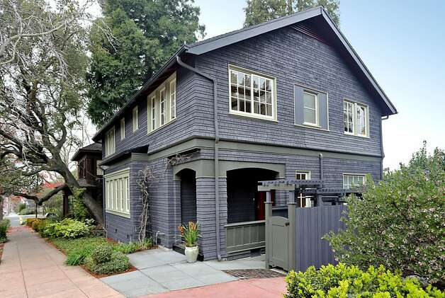 The exterior of 2033 Berryman St. in Berkeley. Photo: Liz Rusby