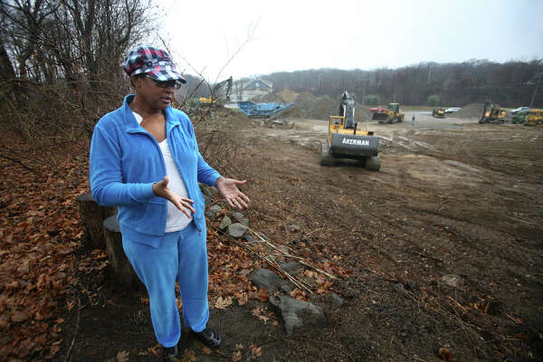 Rose Meekins is irate about the construction of a Huntington Turnpike shopping center that abuts the backyard of her 45 Iwanicki Circle home in Bridgeport. On January 30, 2013, Superior Court Judge Richard Gilardi refused a city request to block further construction on a three and a half-acre site on Huntington Turnpike where developer Manuel Moutinho plans to put up a 19,500 square foot shopping center.