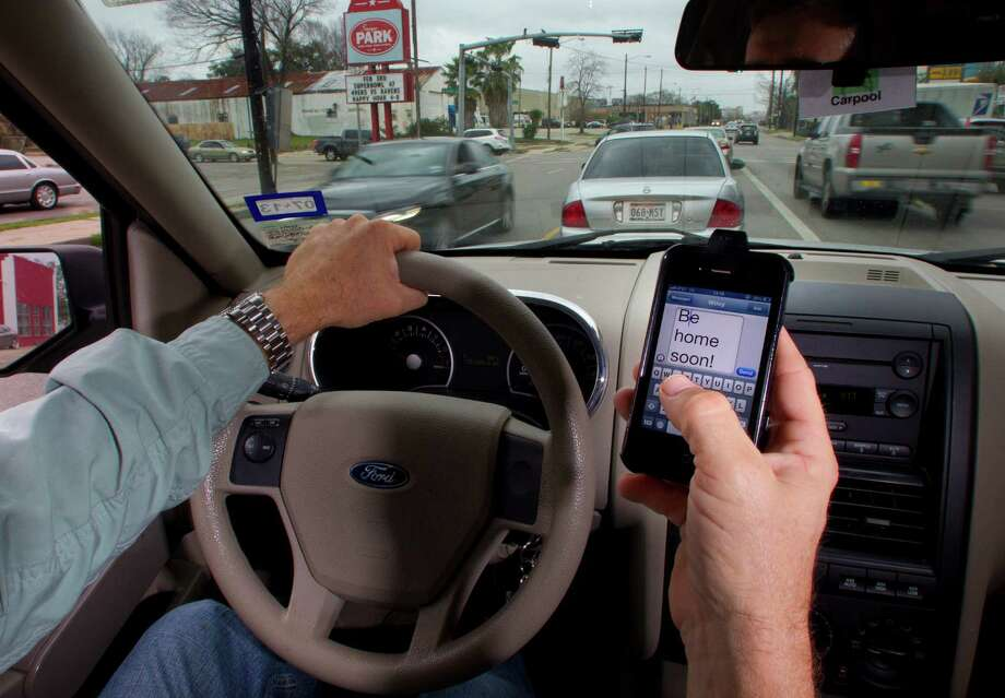 Texting While Driving >> Sugar Land Ban On Texting While Driving Goes Into Effect Houston