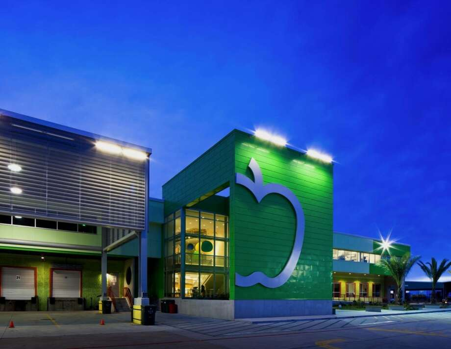 The winner in the Non-Profit Category was Houston Food Bank, by Houston Food Bank. The 308,000 square-foot facility at 535 Portwall Street is a source of food for hunger relief charities in 18 Southeast Texas counties.