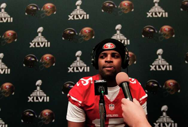 49er receiver Michael Crabtree, 15,  is interviewed during the daily press conference for the San Francisco 49ers on Wednesday January 30, 2013 in New Orleans, La., as the two teams the Baltimore Ravens and the San Francisco 49ers prepare for this Sunday's NFL Superbowl game. Photo: Michael Macor, The Chronicle / ONLINE_YES