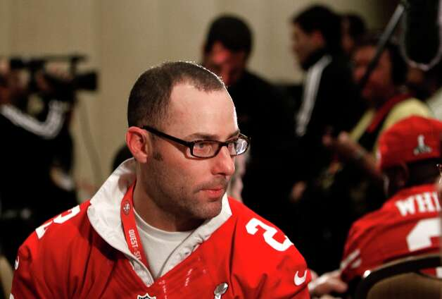 49er kicker David Akers,2,  talks with reporters during the daily press conference for the San Francisco 49ers on Wednesday January 30, 2013 in New Orleans, La., as the Baltimore Ravens and the San Francisco 49ers prepare for this Sunday's NFL Superbowl game. Photo: Michael Macor, The Chronicle / ONLINE_YES