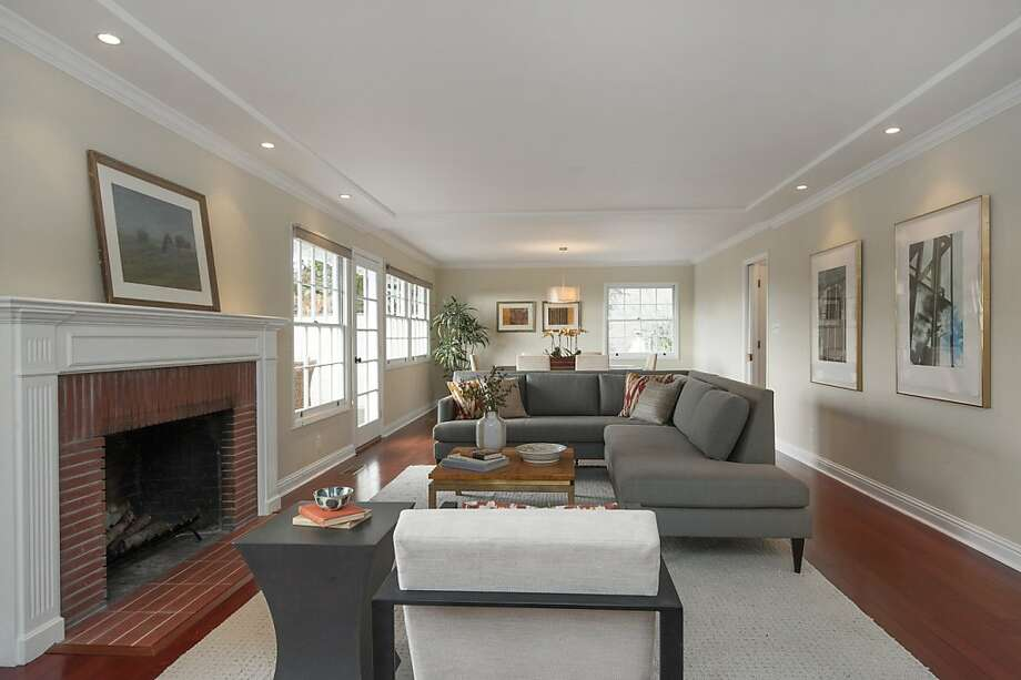 5766 Harbord Drive, $885,000 Photo: Thomas Grubba Photography
