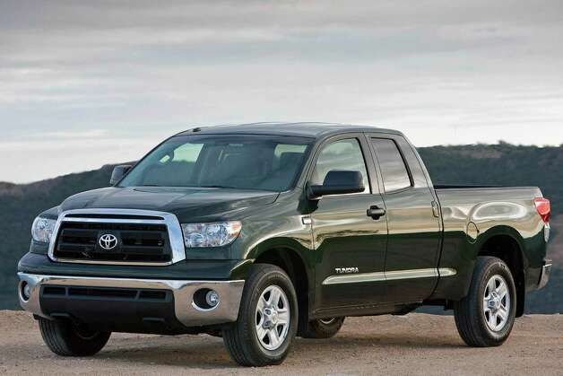 2011 Toyota Tundra Photo: Courtesy Photo / Copyright 2008 Dewhurst Photography All Rights Reserved