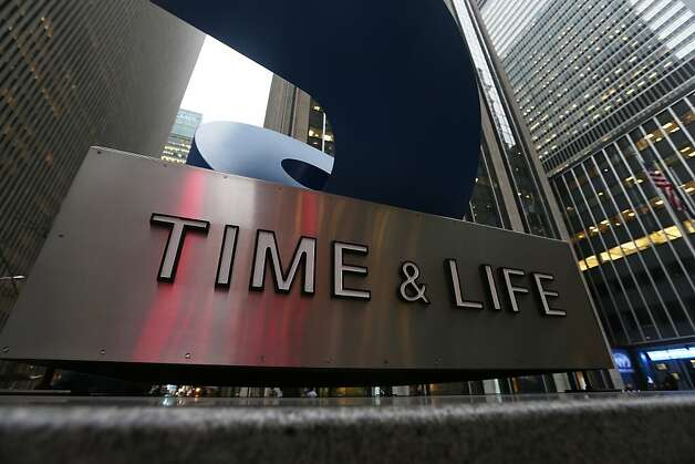 Time Warner saw big drops in People and Time magazines' newsstand sales. Photo: Mario Tama, Getty Images