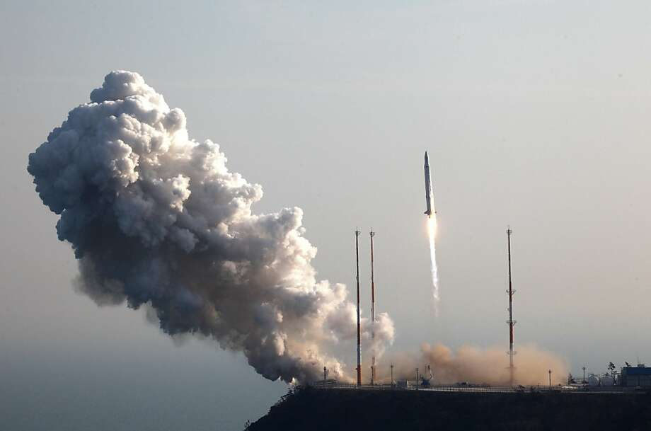 This handout photo provided by Korea Aerospace Research Institute on January 30, 2013 shows the Korea Space Launch Vehicle-I (KSLV-I) taking off from its launch pad at the Naro Space Center  in Goheung, 350 km south of Seoul. South Korea succeeded on January 30 in its third attempt to put a satellite into orbit, in a high-stakes test of national pride after arch-rival North Korea got there first with a rocket launch last month. Photo: Kari, AFP/Getty Images