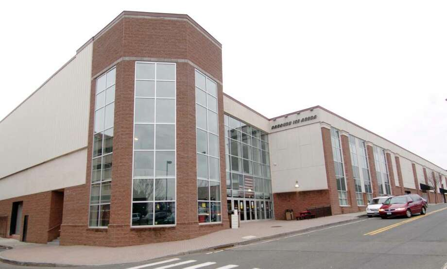 Danbury Ice Arena, photographed Wednesday, Dec. 2, 2009. Photo: Chris Ware / The News-Times