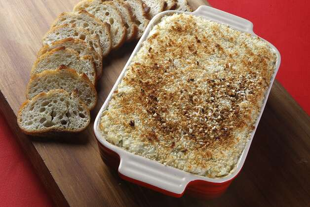 Super Bowl Crab Dip Photo: Liz Hafalia, The Chronicle