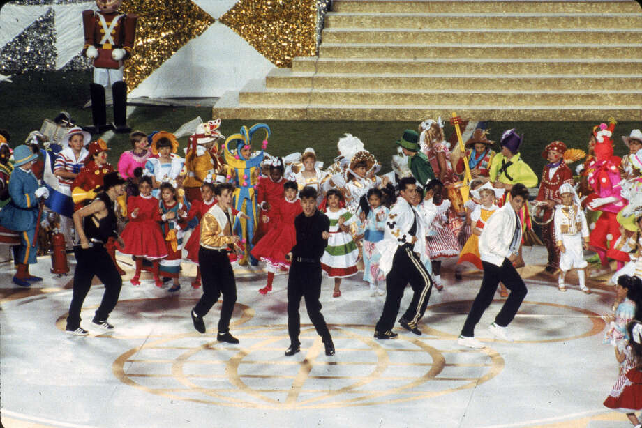 Super Bowl XXV— Jan. 27, 1991 | Tampa, Fla. | Giants 20, Bills 19Performers: New Kids on the Block, Disney characters, hundreds of kids, Warren Moon.In another Disney spectacle, the boy band New Kids on the Block took the stage after a performance of Disney's ''It's a Small World'' (notice a pattern?). Also, Houston Oilers quarterback Warren Moon made a cameo with Minnie Mouse during the show.You can watch the entire halftime show on YouTube. Photo: Gin Ellis, NFL / 1991 Gin Ellis