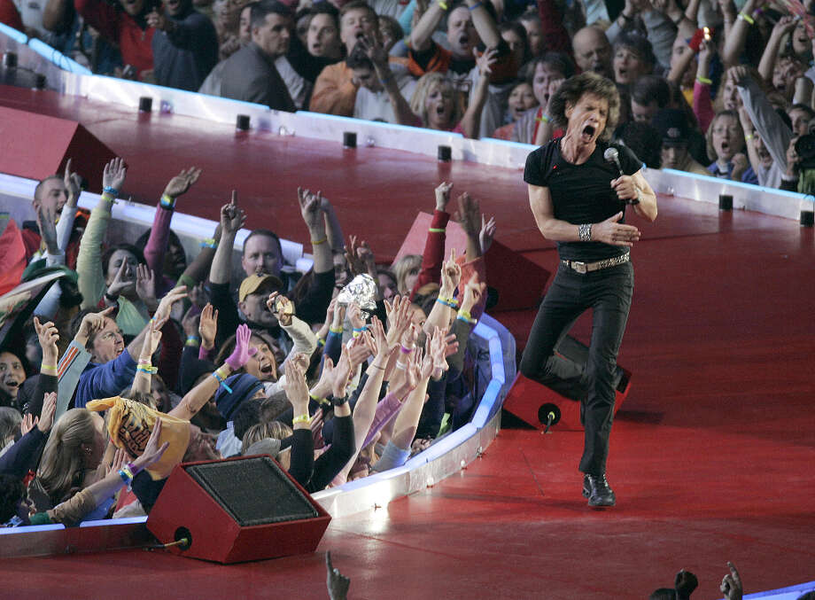 Super Bowl XL — Feb. 5, 2006 | Detroit | Steelers 21, Seahawks 10Performers: The Rolling Stones.The band performed on a huge, Rolling Stones logo-shaped stage — you know, the tongue. Mick Jagger & Co. played three songs: ''Start Me Up,'' ''Rough Justice'' and ''(I Can't Get No) Satisfaction.''You can watch the entire halftime show on YouTube. Photo: Gregory Shamus, NFL / Getty Images North America