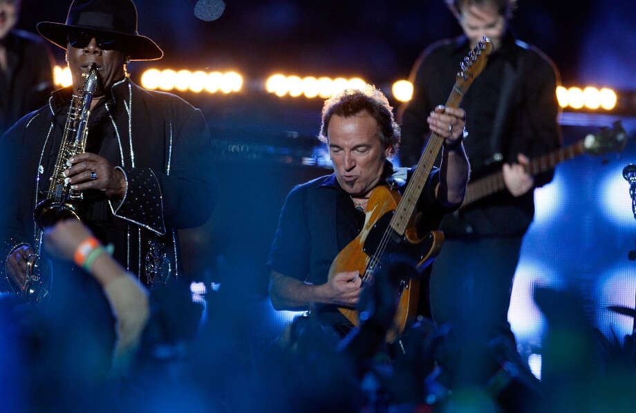 Super Bowl XLIII — Feb. 1, 2009 | Tampa, Fla. | Steelers 27, Cardinals 23Performers: Bruce Springsteen and the E Street Band.Another simple performance by a huge star, the 2009 halftime show was four songs by the Boss himself. Bruce Springsteen had previously rejected offers to play at the Super Bowl, then realized how huge of a stage the event is.You can watch the entire halftime show on YouTube. Photo: Ben Liebenberg, NFL Via Getty Images / 2009 Ben Liebenberg/NFL