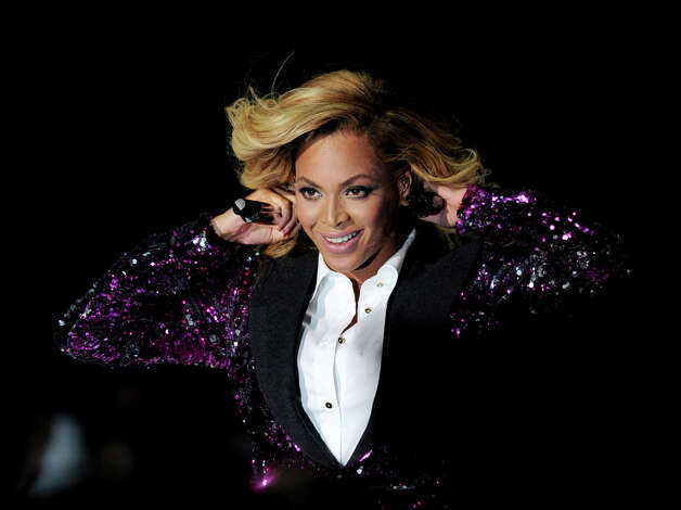 Super Bowl XLVII — Feb. 3, 2013 | New Orleans | 49ers v. RavensPerformer: Beyoncé.We'll see what Beyoncé has in store for us during this Sunday's Super Bowl halftime show. Will she take the stage with her husband, Jay-Z? Will there be a Destiny's Child reunion? The Super Bowl kicks off at 6:30 p.m. EST (3:30 p.m. PST) and is being televised on CBS. Photo: Kevin Winter, Getty Images / 2011 Getty Images