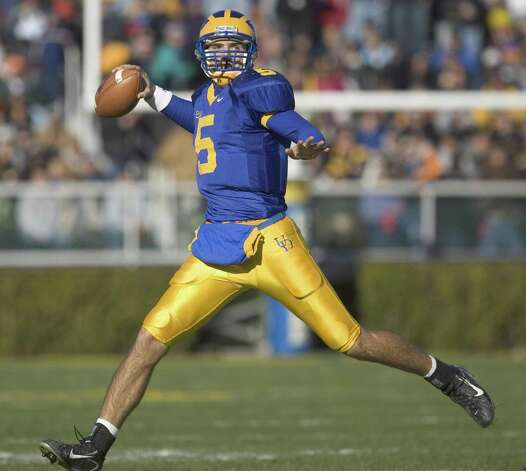 11/23/07 - Newark, DE - UD-DSU -Delaware quarterback Joe Flacco reels back before throwing a 32-yard touchdown to tight end Robbie Agnone to open the scoring in the first quarter of the Blue Hens' 44-7 win over the Hornets in the first round of the NCAA Div. I-AA playoffs Friday, November 23, 2007 at Delaware Stadium in Newark, Del.  The News Journal/William Bretzger Photo: The News Journal/WILLIAM BRETZGER / The News Journal/WILLIAM BRETZGE