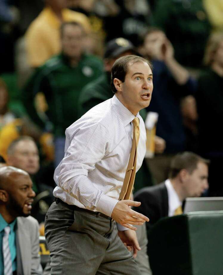 Baylor head coach Scott Drew reacts to play late in the second half of an NCAA college basketball game against Oklahoma Wednesday, Jan. 30, 2013, in Waco, Texas. Oklahoma won 74-71. (AP Photo/Tony Gutierrez) Photo: Tony Gutierrez, Associated Press / AP