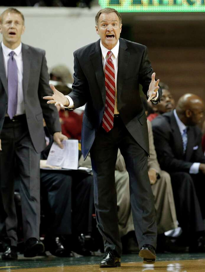 Oklahoma head coach Lon Kruger reacts to play late in the second half of an NCAA college basketball game against Baylor Wednesday, Jan. 30, 2013, in Waco, Texas. Oklahoma won 74-71. (AP Photo/Tony Gutierrez) Photo: Tony Gutierrez, Associated Press / AP
