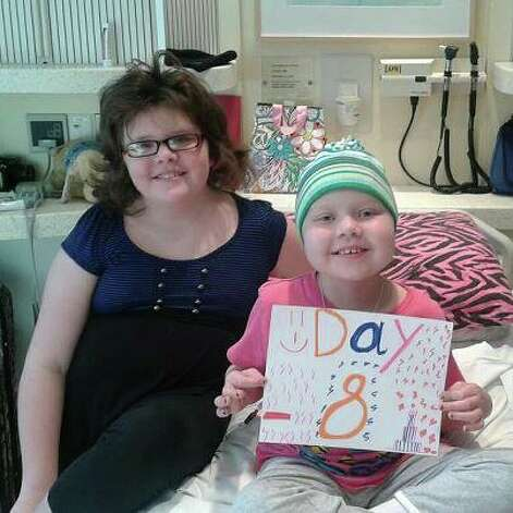 Sabrina and Mackenzie Patterson countdown the days until Mackenzie will receive Sabrina's bone marrow. Photo: Facebook