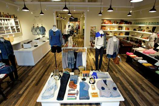 Find vineyard vines Clothing Stores and Outlet Locations