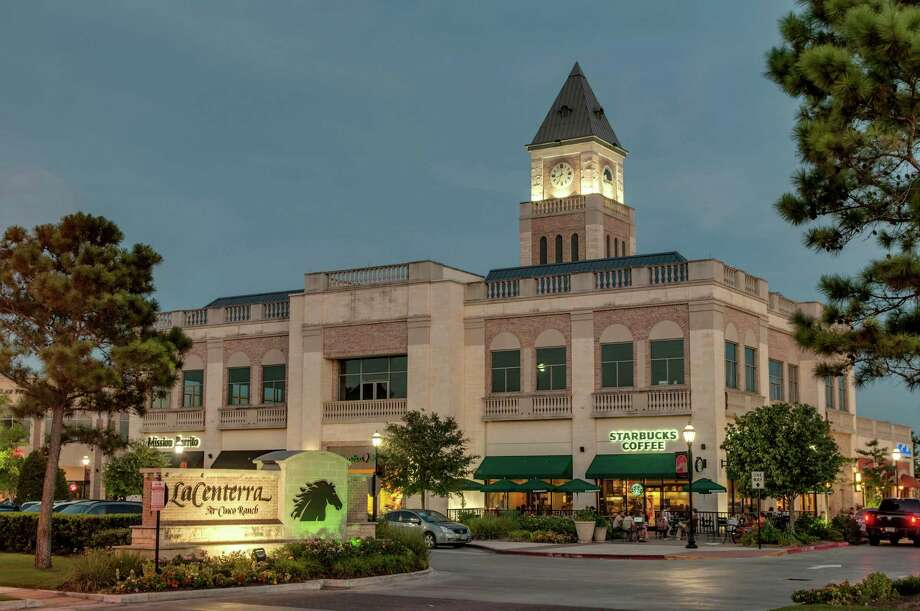 Cinco Ranch is celebrating its 22nd birthday with 22 days of gifts for home shoppers who register at cincobirthday.com or at model homes. Gift cards will be given away for stores and restaurants throughout Cinco Ranch, including those in LaCenterra at Cinco Ranch. Photo: Ted Washington