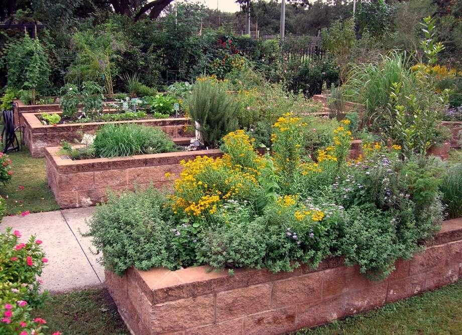 Healthy soil grows healthy gardens.