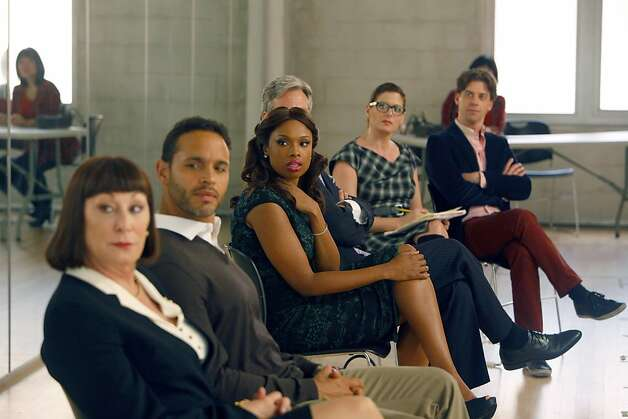 "SMASH -- ""The Dramaturg"" Episode 203 -- Pictured: (l-r) Anjelica Huston as Eileen Rand, Daniel Sunjata as Peter Gilman, Jennifer Hudson as Veronica ""Ronnie"" Moore, Debra Messing as Julia Houston, Christian Borle as Tom Levitt Photo: Will Hart, NBC"
