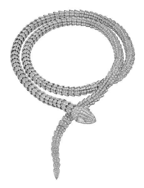 Bulgari's High Jewellery necklace in white gold with round brilliant cut diamonds (2.57 ct) and pave diamonds (35.75 ct). Photo: Antonio Barrella