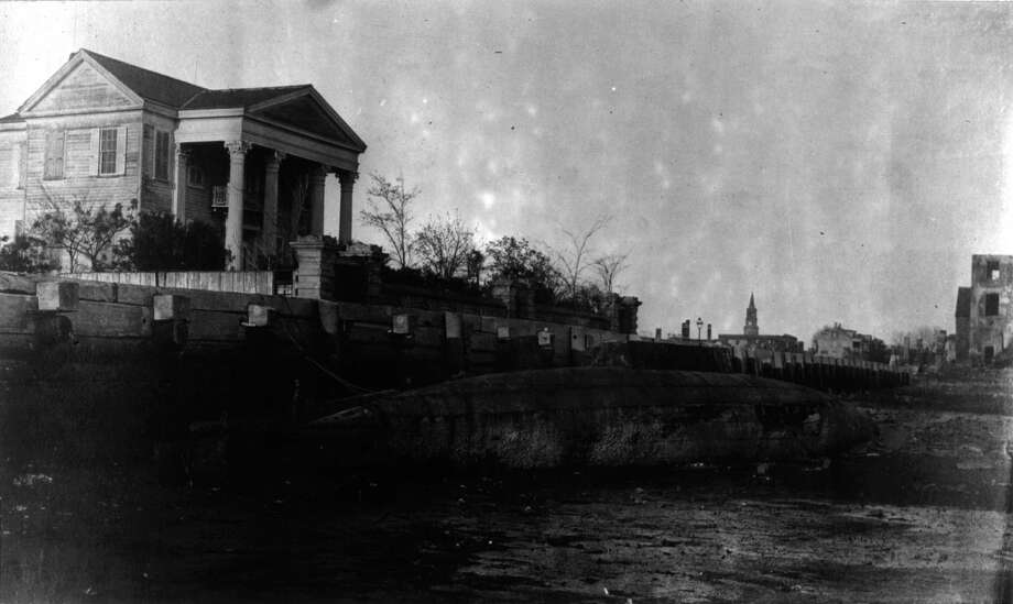 This photo, from 1865, shows a beached Confederate torpedo boat. Photo: MPI, Getty Images / Archive Photos