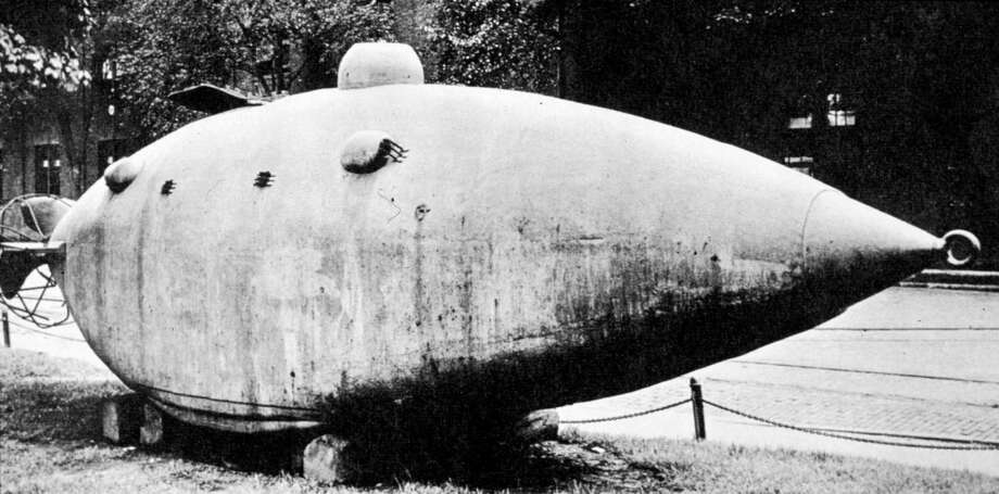 This is an experimental Union Navy submarine called the Intelligent Whale, circa 1865. Photo: MPI, Getty Images / Archive Photos