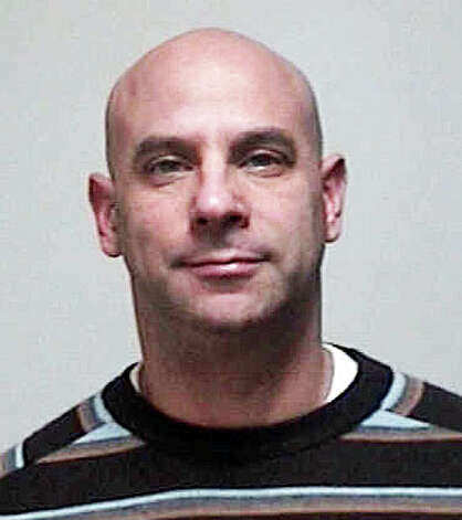 Jeffrey Schare, 43, was arrested again after he allegedly violated protective and restraining orders. Photo: Contributed Photo / Fairfield Citizen