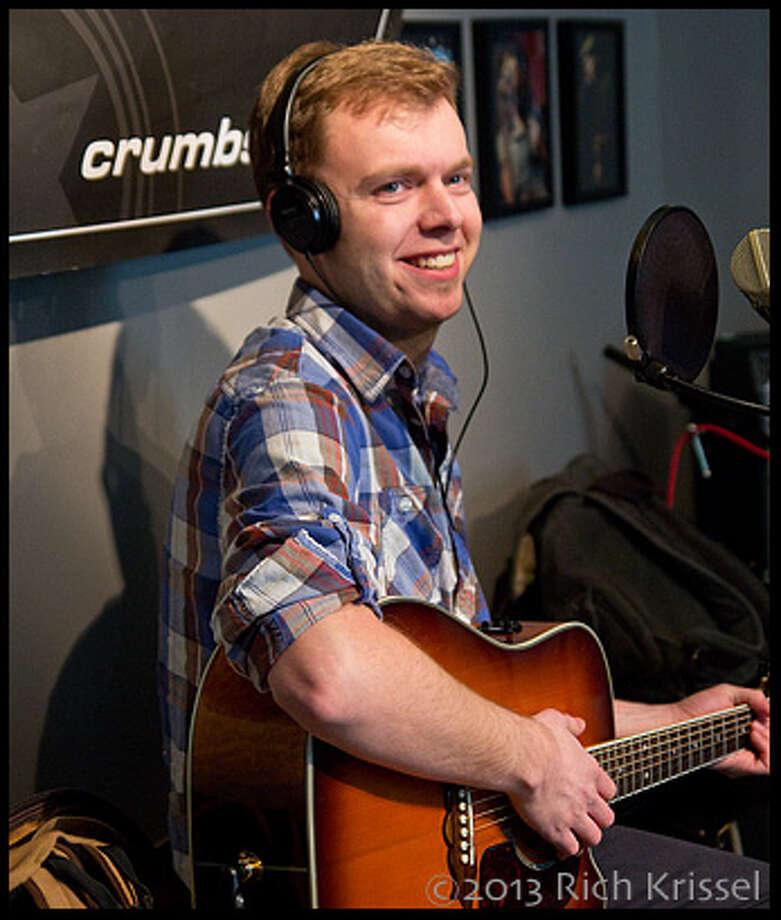 Dan Noonan (bass/vox)