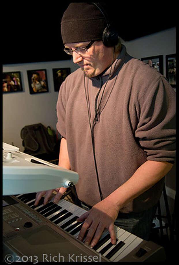 Mark Bertini (keys)