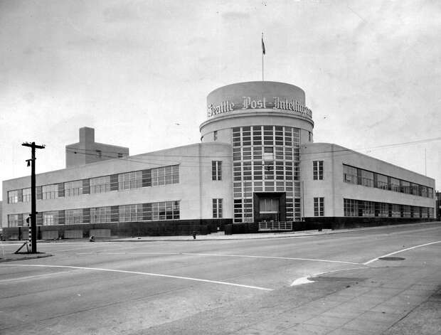 The P-I building at Sixth Avenue and Wall Street in 1948, before the massive globe was installed on the roof. Photo: Seattlepi.com