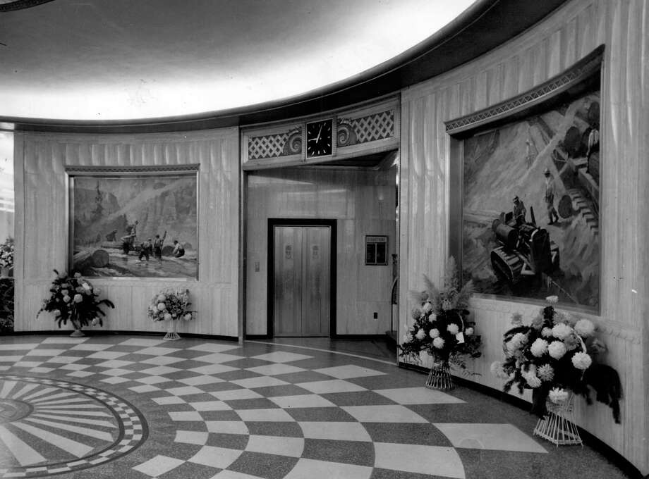 This is a previously unpublished photo of the former P-I lobby taken in Jan. 1949. Photo: Seattlepi.com